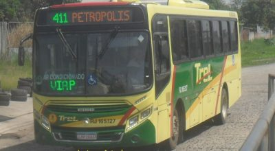 RJ: Polícia apreende homem e duas adolescentes com drogas em ônibus na Serra Velha de Petrópolis