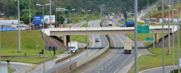 Rodovia Fernão Dias espera receber 865 mil veículos no feriadão da Proclamação da República